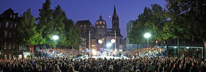 Freitreppe Rathaus Aachen